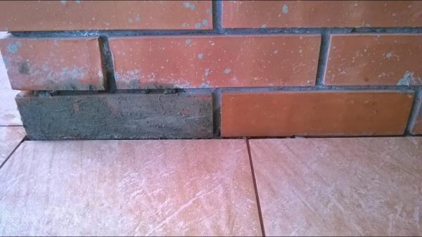 как очистить цементный раствор от кирпича